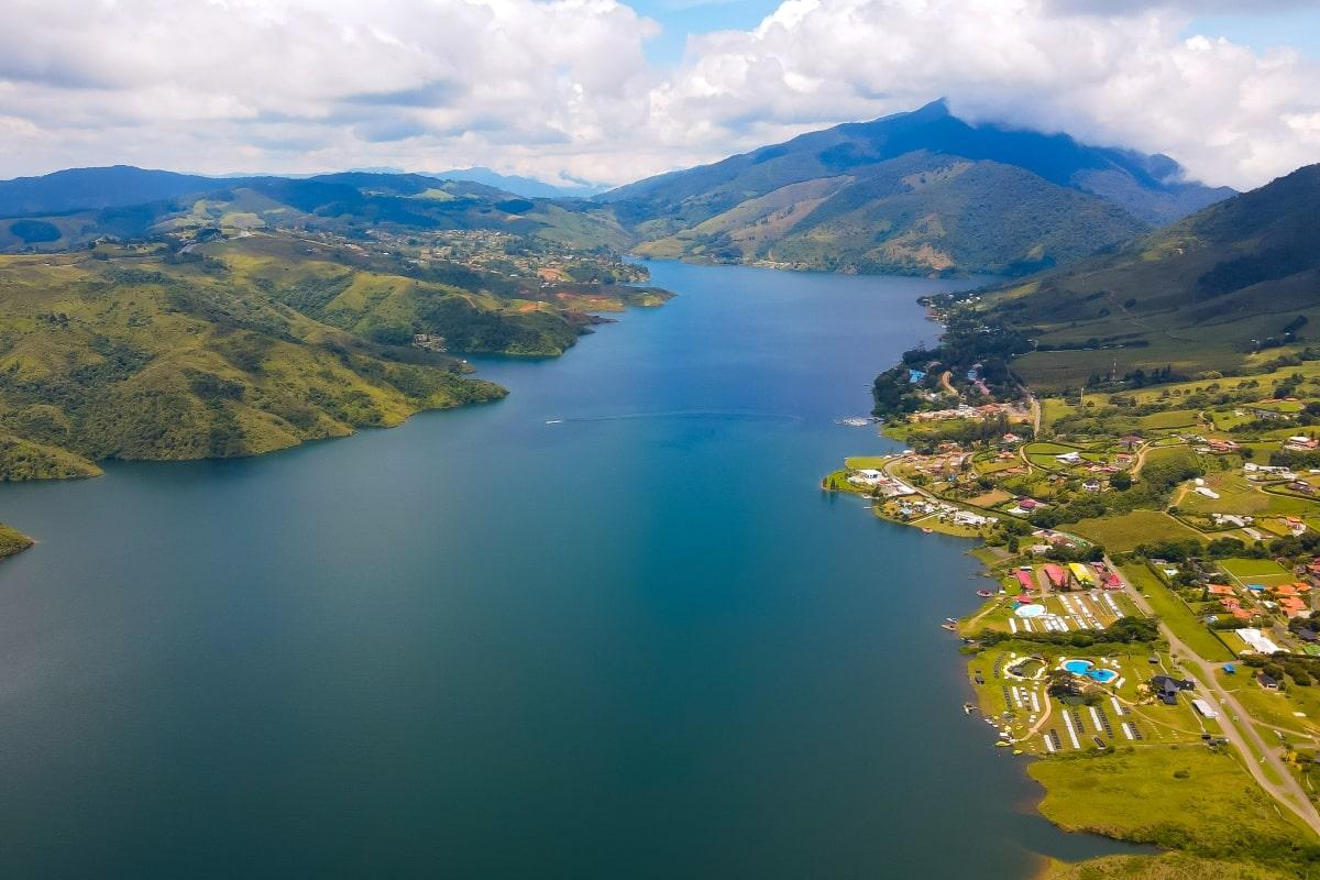 lago calima Valle del Cauca Colombia