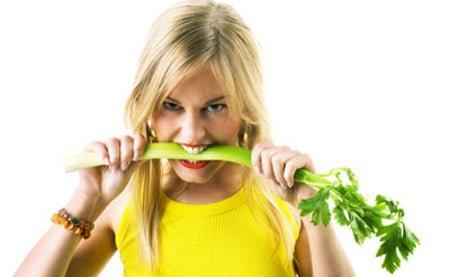 Más vegetales, menos acné