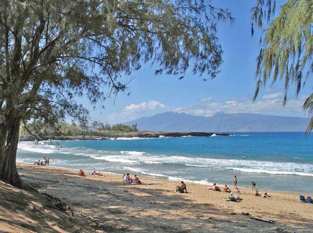 Fleming_Beach,_Maui