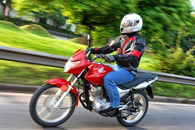 Recomendaciones al Conducir Motocicleta