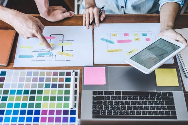 Muchos cursos diseño grafico